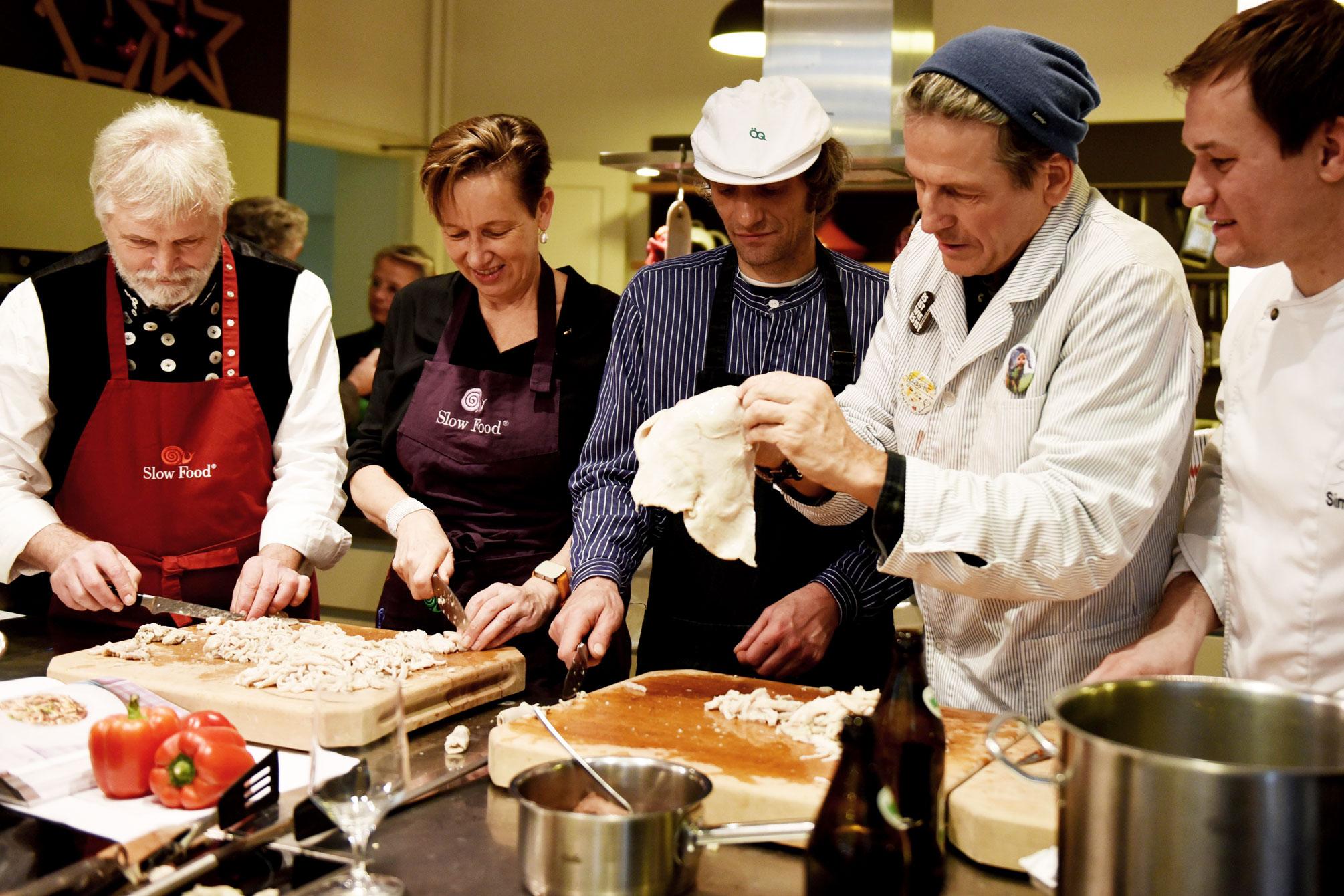 Slow Food Kuttelgespräch zum Thema Lebensmittelverschwendung und Fleischkonsum: nose to tail